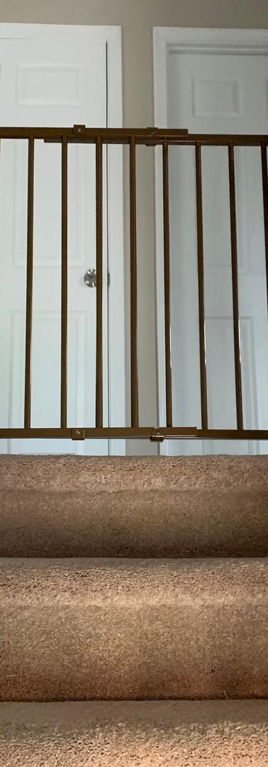 (97) STAIRS-LANDING.JPG