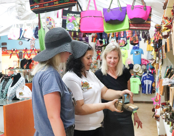 Island Shopping at Victor's Monkey & Sloth Sanctuary / Mayan Jungle Canopy Zipline