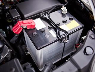 Jak zadbać o dobry stan akumulatora samochodowego