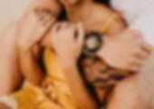 couple-embracing-3156993.jpg