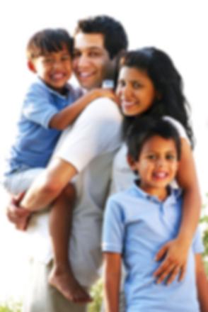 Image-HispanicFamily-TherapyPage.png
