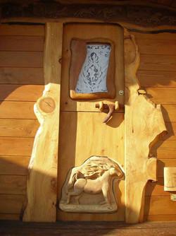 Roulotte sculptée - détail