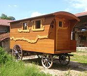 roulotte roues bois à vendre