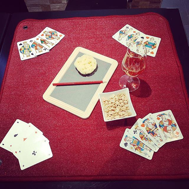 Avis aux amateurs de cartes, nous sommes
