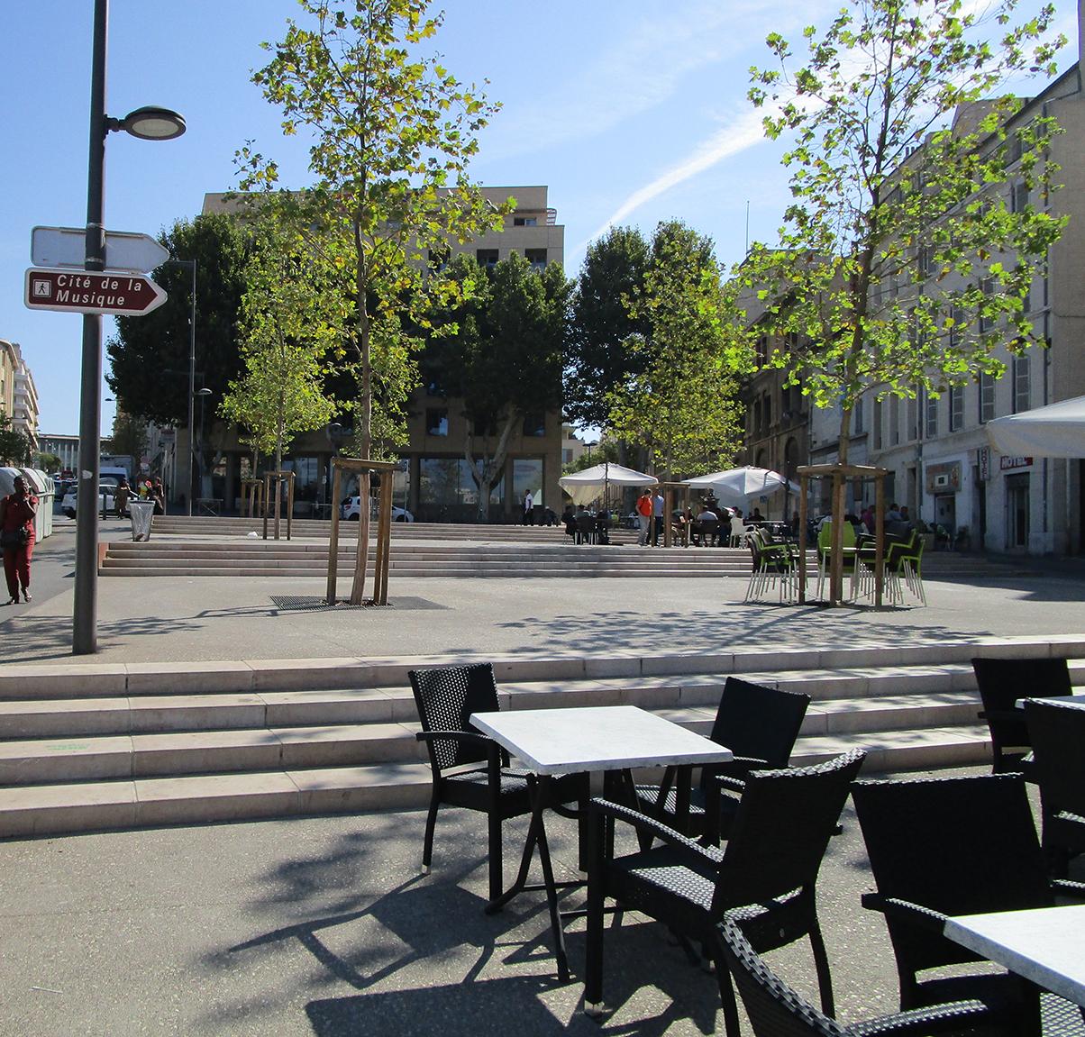 place de la porte d'Aix - STOA