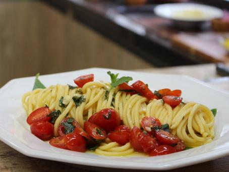 Receita: Espaguete Mediterrâneo com Tomates Cereja