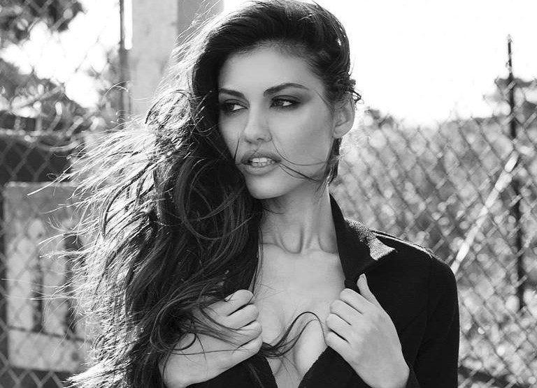 Model: Yasemin Islek      Photographer: Demikovac