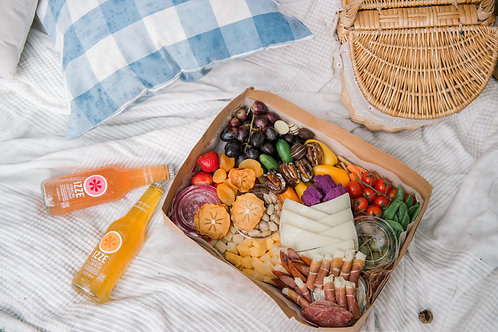 Cheeseboard Box for 2-4ppl