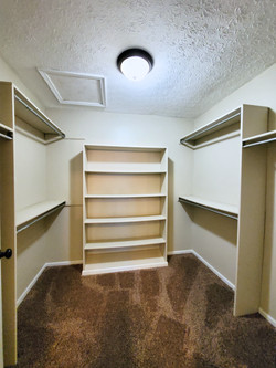 Primary Bedroom Closet