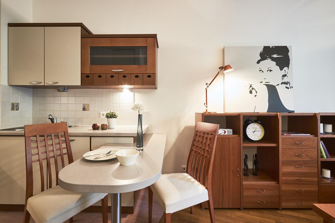 kącik jadalny w kuchni