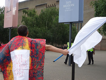 TATE MODERN DESTROYS WORKS OF ART. ALEXANDER ART. PERFORMANCE AGAINST TATECIDE.