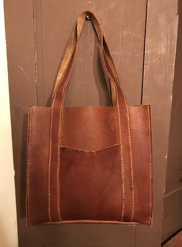 Three Pocket Handbag w Design Stitching