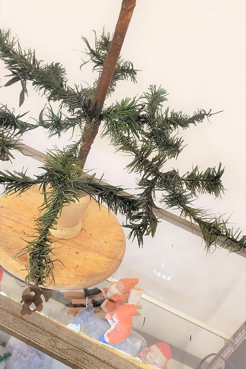 "24"" Antique Feather Tree"