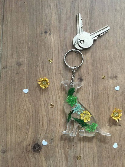 Image of Large Green Handmade Resin Labrador Dog Keyring
