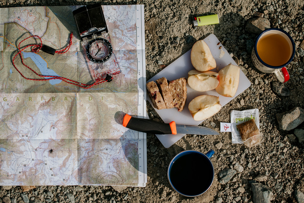 outdoor-survival-tools-used-backcountry-camping