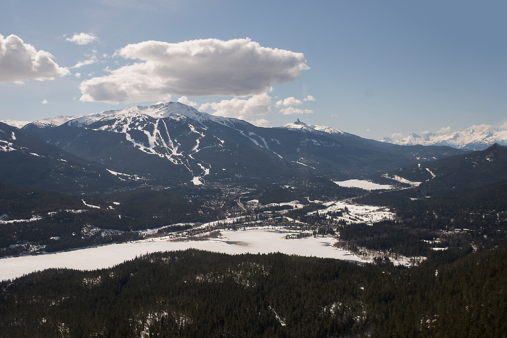 aerial-view-whistler-blackcomb-helicopter-engagement