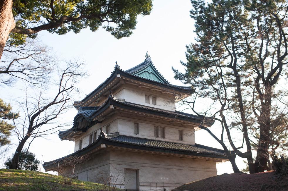 guard-tower-at-imperial-palace-tokyo-japan