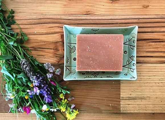סבון טבעי וסבוניית קרמיקה של ניצן שטרן