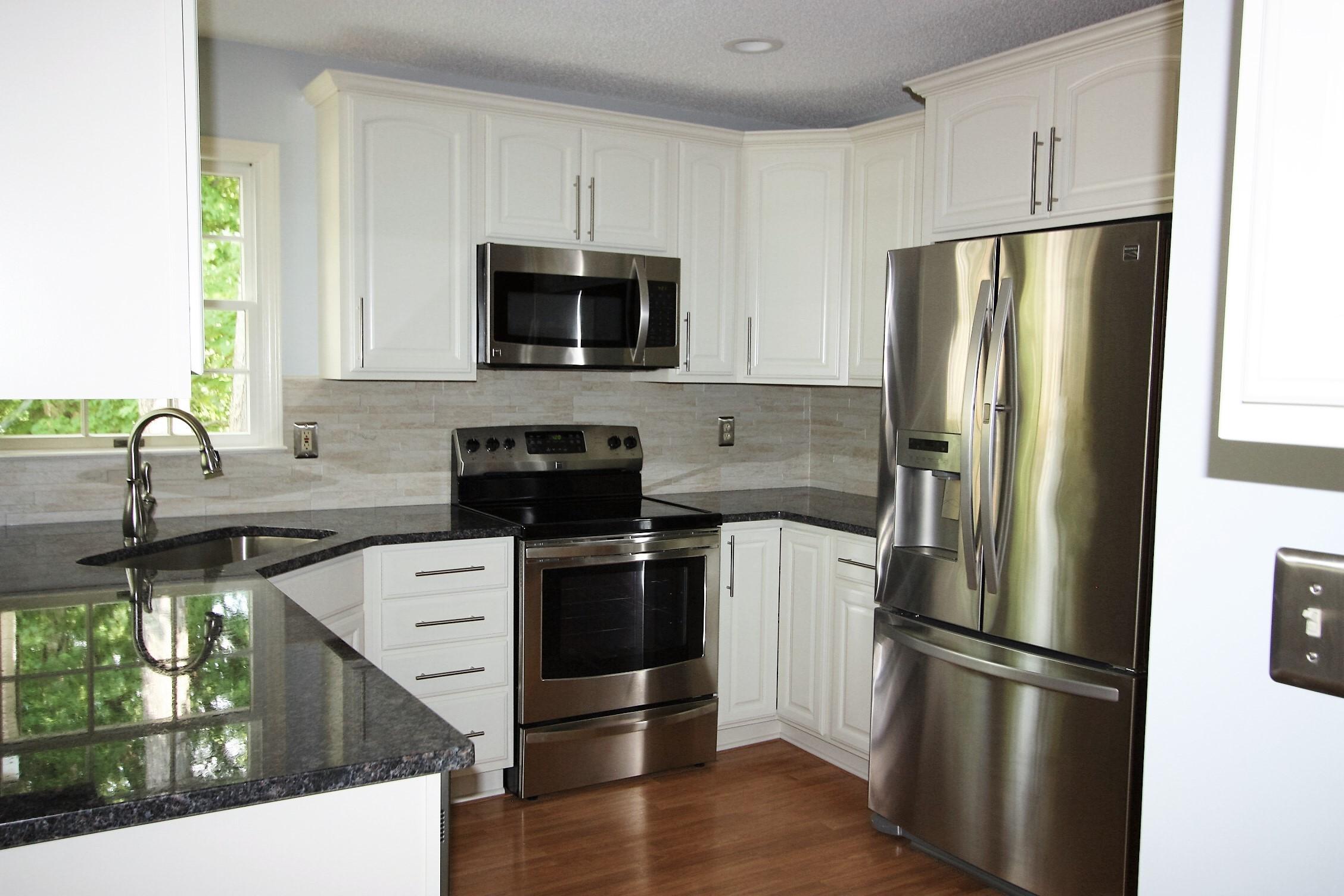 Faucette Kitchen (2)