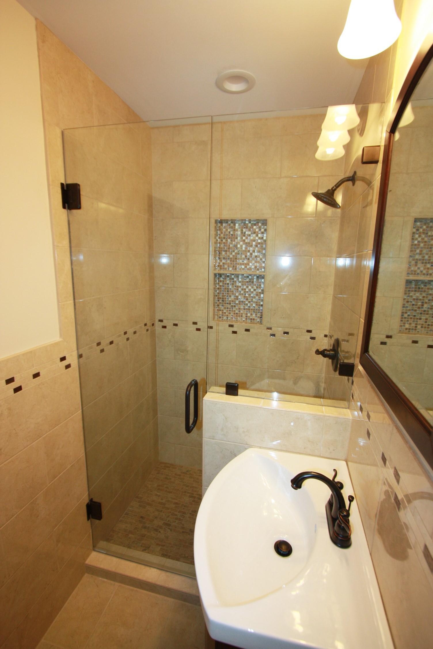 Simmons Bath 7