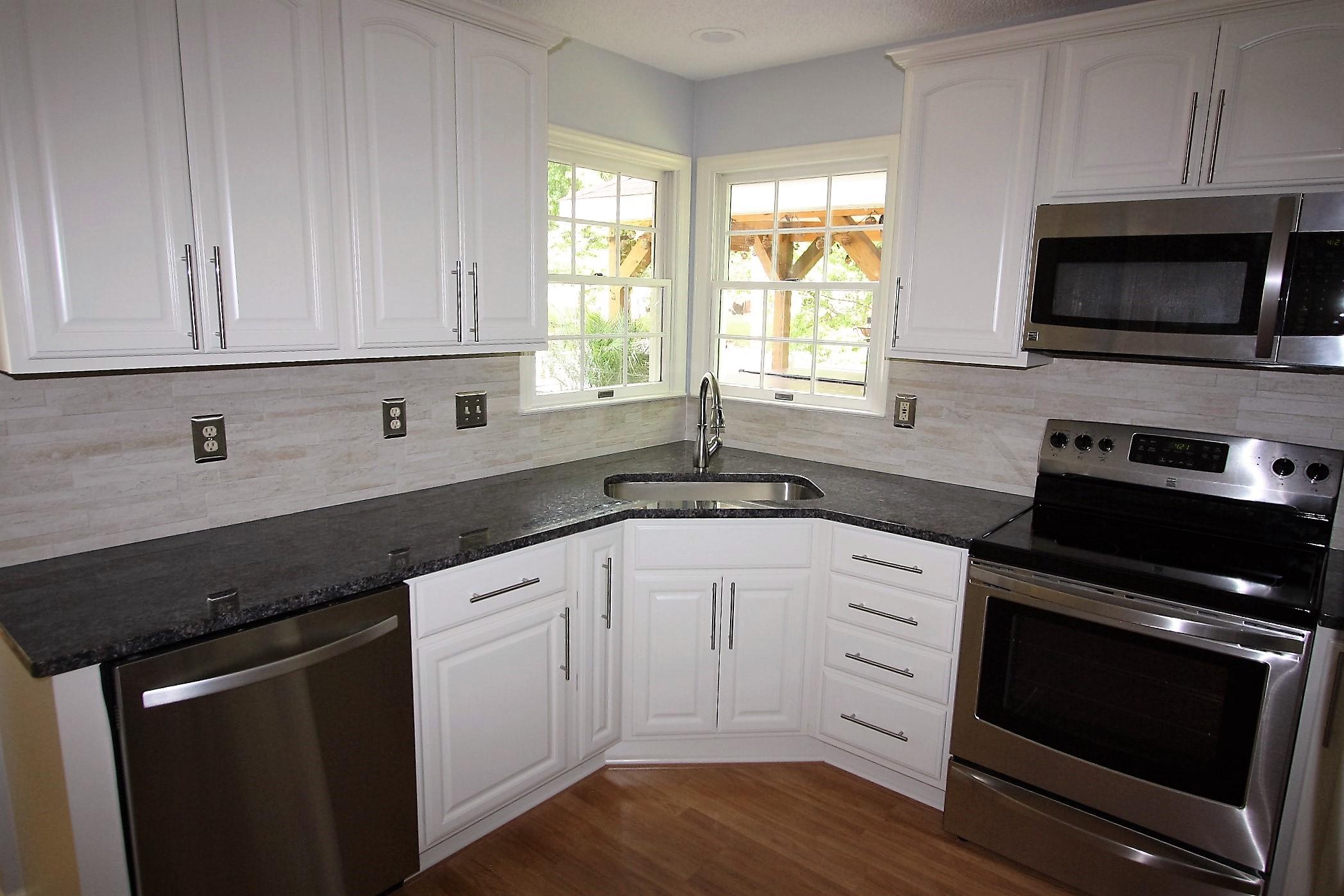 Faucette Kitchen (3)