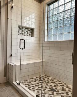 Annis Shower