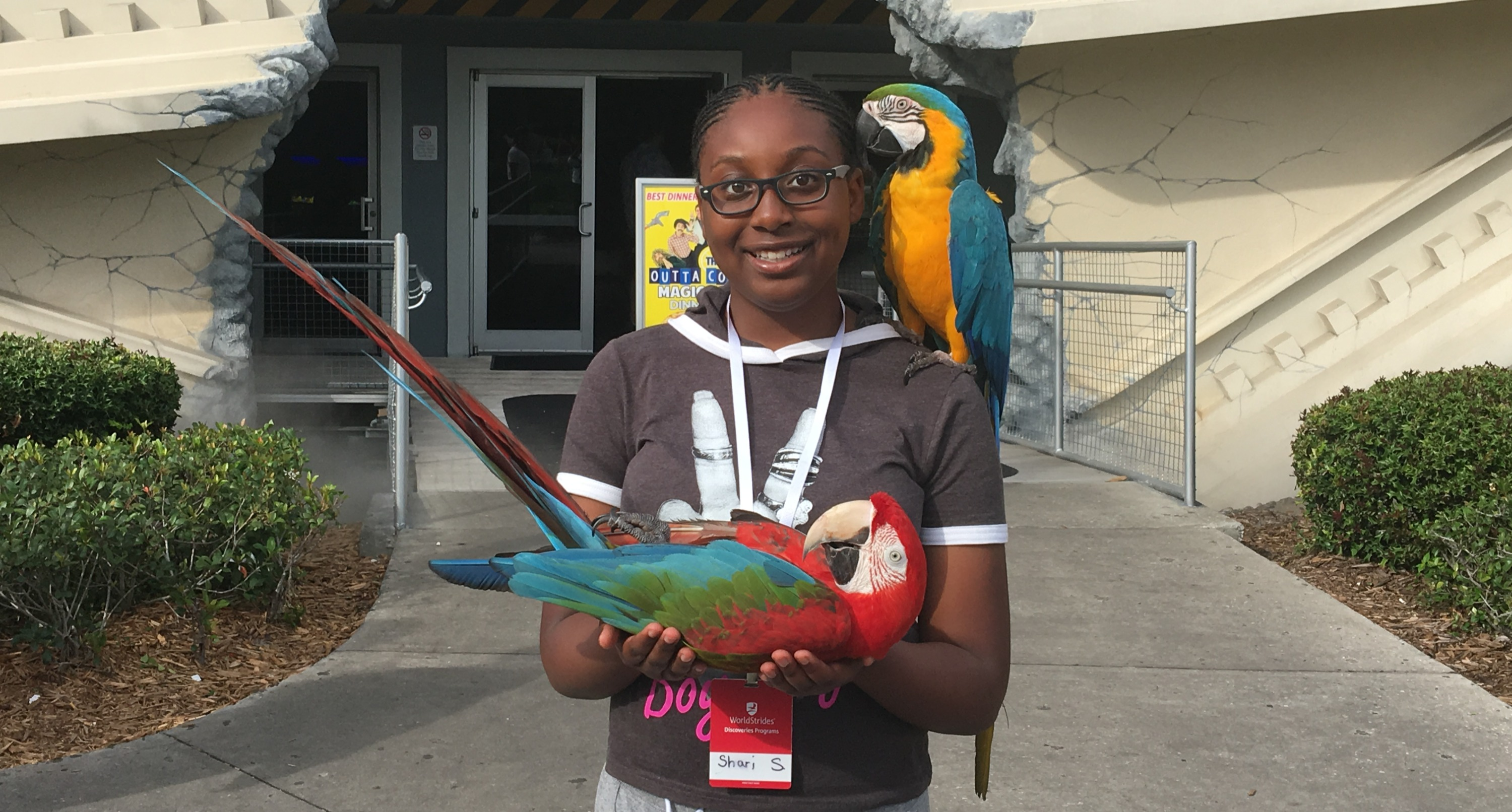 Shari%20-%20Parrots%2C%20Florida_edited.