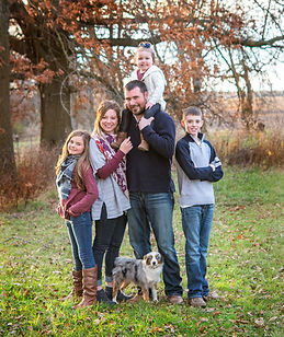 matt and crystal houx fall family picture