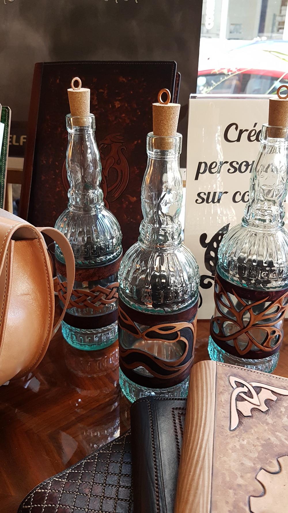 Décoration de table mariage alternatif, mariage steampunk, décoration steampunk, décoration mariage atypique, décoration cuir, sur-mesure
