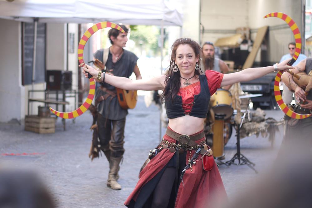 médiévales d'embrun - danseuse