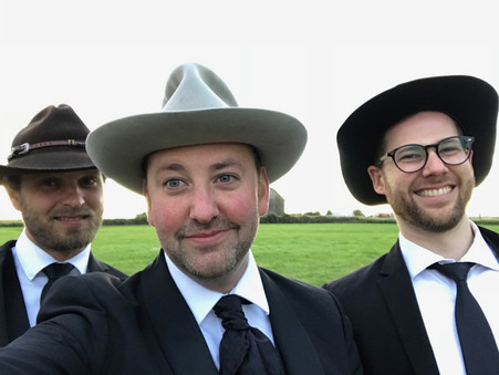 Barn Wedding - The New Shackletons Trio