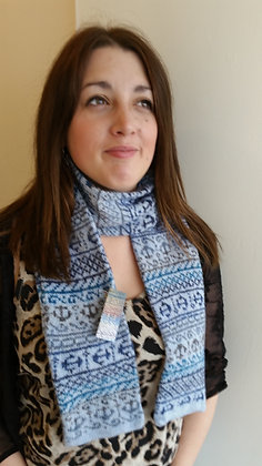 NEW traditioanl scarf blue anchor pattern