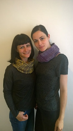 flake pattern snood 2 colour
