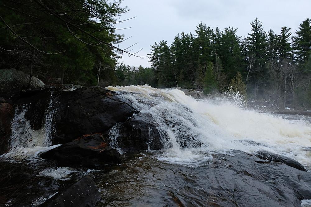 Wilson-falls-Muskoka-Ontario