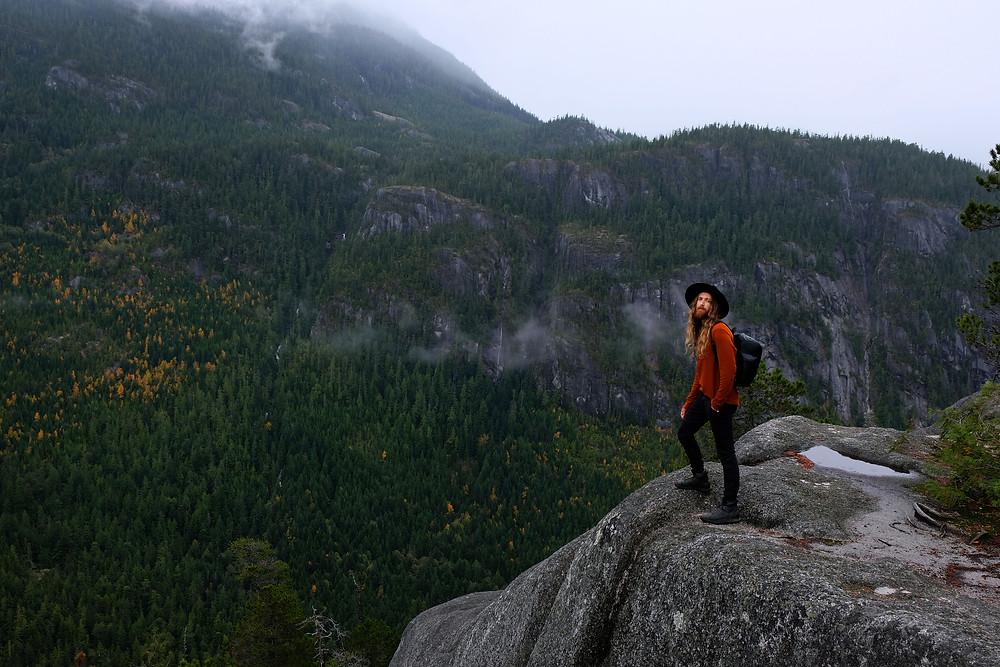 hiking-squamish-British-columbia