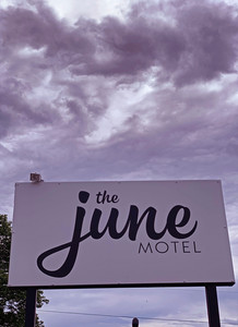 June-motel-picton-ontario