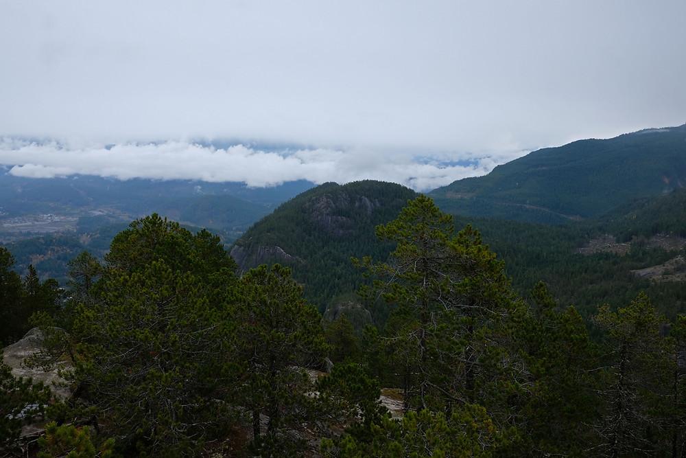 hiking-squamish-cheif-British-columbia