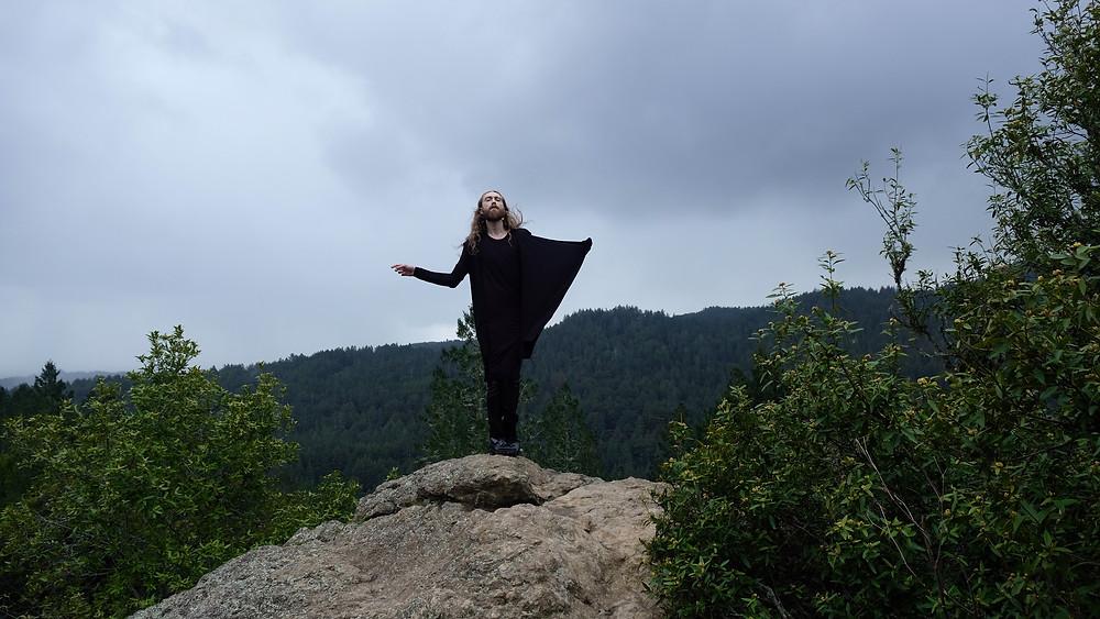 myles-sexton-travel-blogger