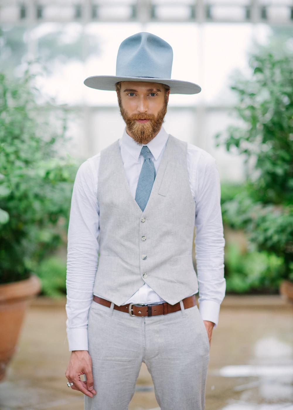 Wedding-suit-18-waits