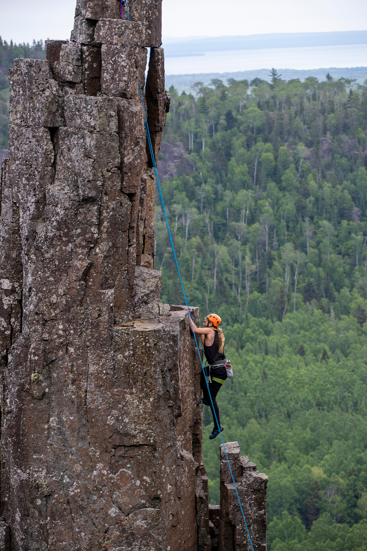 Thunder-bay-rock-climbing