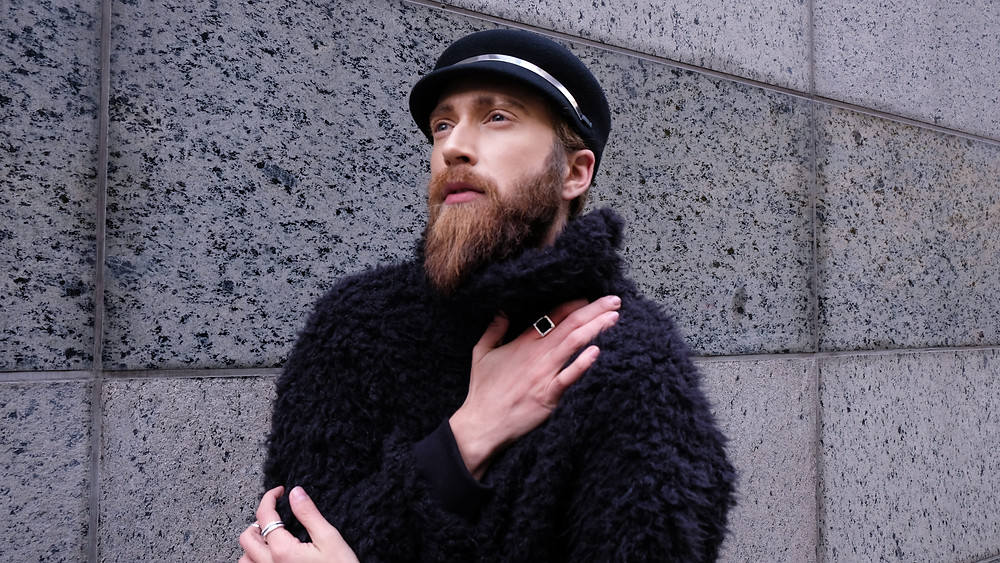 Ross-Mayer-fashion-designer