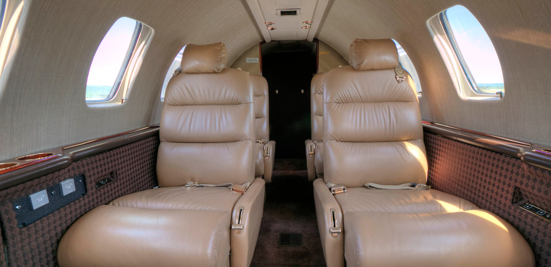 N496JH Rear four seats.jpg