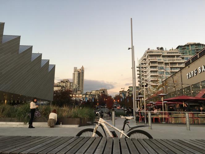 LonsQuay-Downtown Vanc View - 18.jpg