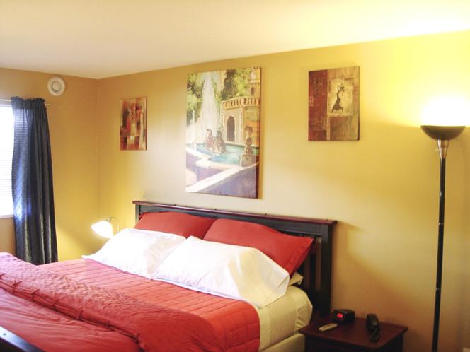 Bedroom%20from%20entrance_edited.jpg