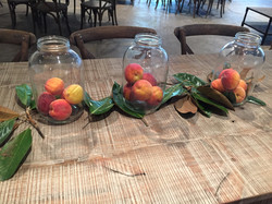 centerpieces peaches