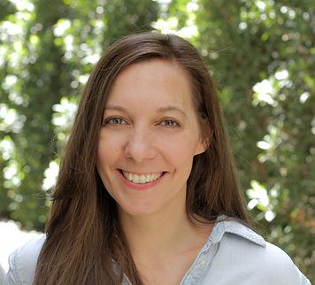Lauren Klixbull headshot _smaller less t