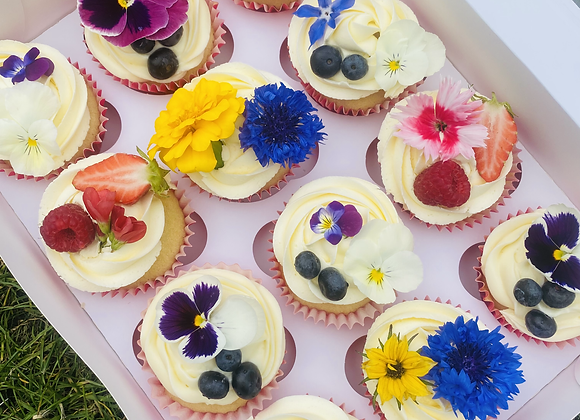 Box of 12 edible flowers cupcakes