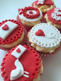 st valentines cupcakes