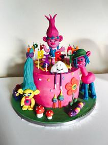 Troll's cake