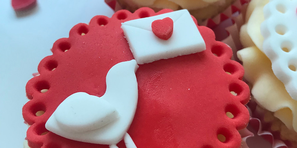 Cupcake decorating class - Valentine's day -  3 SPACES LEFT (1)